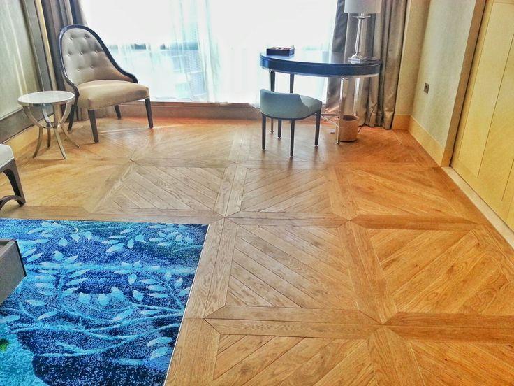 """""""Customized Pattern"""" Hotel Raffles. Tantangan yang membutuhkan ketepatan dan kesabaran dalam pengerjaannya. #interior #flooring #woodflooring #parket #parquet #lantekayu #lantekayuproject"""