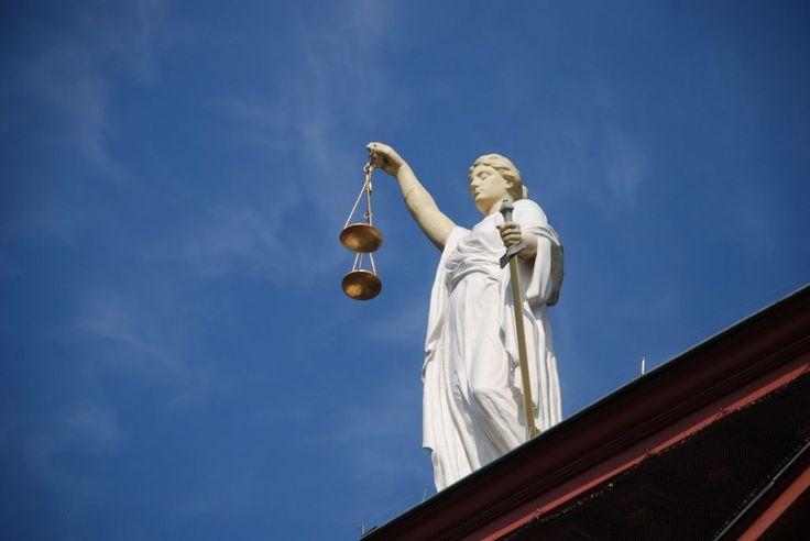 Czy wyrok wydany na posiedzeniu niejawnym zawiera uzasadnienie