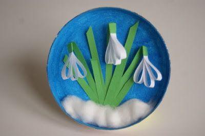 Játékos tanulás és kreativitás: 3 D hóvirág papírcsíkokból