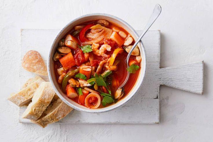 Het klinkt misschien heel chique, maar deze soep staat zo op tafel. - recept - Allerhande