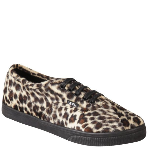 Comfortable style courtesy of Vans - bold print un-negotiable! http://www.allsole.com/trainers-clothing/women/footwear/vans-women-s-authentic-lo-pro-trainers-furry-leopard/10885654.html?affil=thgsocial