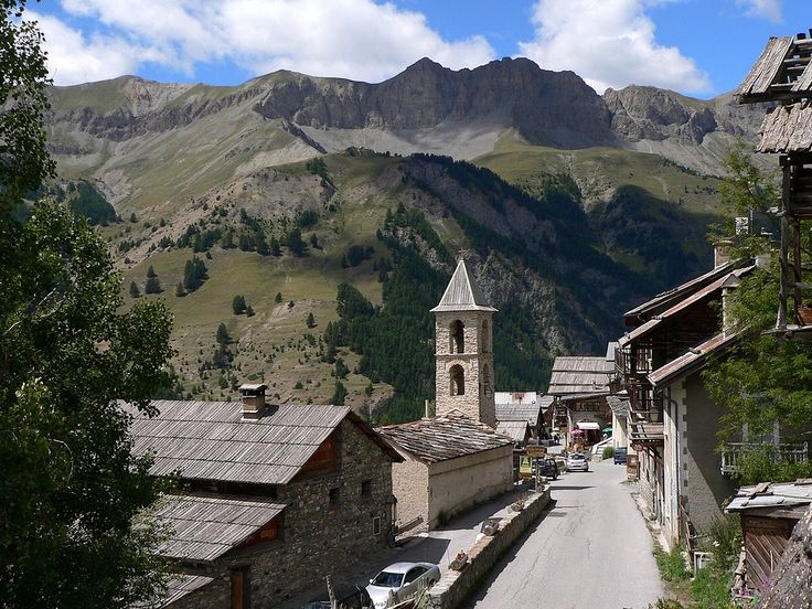 "Saint-Véran, located in the French Alps, is the most elevated commune in France - the third highest village in Europe. It is located in the heart of the ""Parc Naturel Regional du Queyras"". Hautes-Alpes"