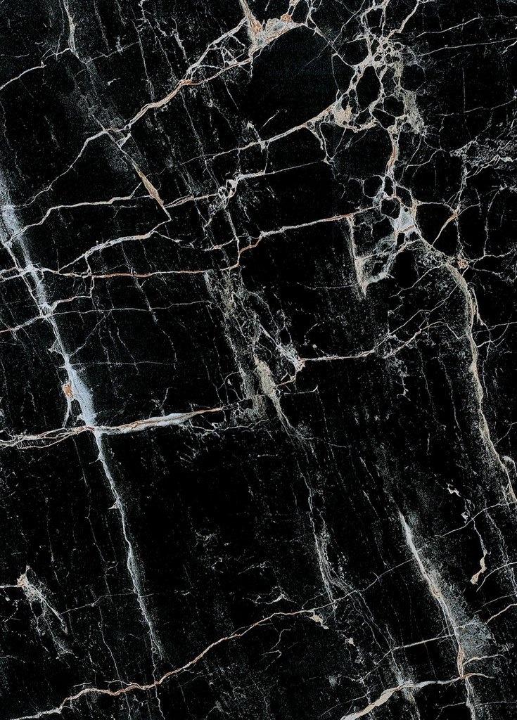 Black   黒   Kuro   Nero   Noir   Preto   Ebony   Sable   Onyx   Charcoal…