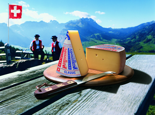 En Le Gruyère AOP, la distancia máxima entre la lechería y la quesería está limitada para preservar la conservación y la calidad de la leche.