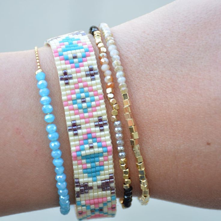 Beautiful Miyuki bracelet combined with delicate gold plated bracelets. How cute is this?!