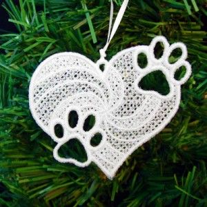 Paw Prints In Heart Fsl Embroidery Design