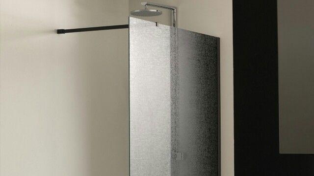 Badkamer Showroom Woerden ~ Meer dan 1000 idee?n over Douche Scherm op Pinterest  Douche Deuren