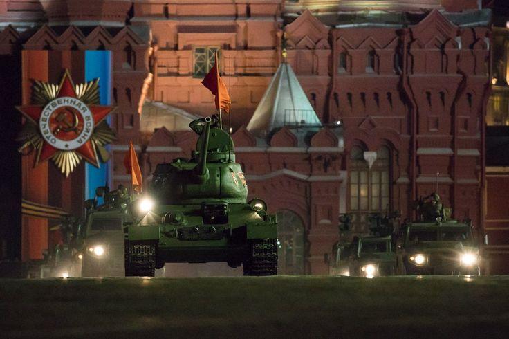 T-34 sur la place rouge