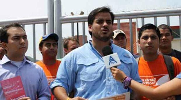 @ArmandoArmas: La falta de medicinas no es culpa de los presos políticos - http://www.notiexpresscolor.com/2017/08/26/armandoarmas-la-falta-de-medicinas-no-es-culpa-de-los-presos-politicos/