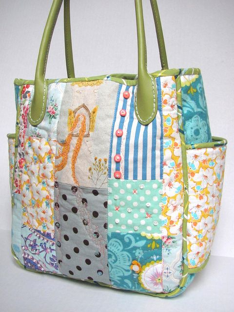 pretty patchwork tote with side pockets