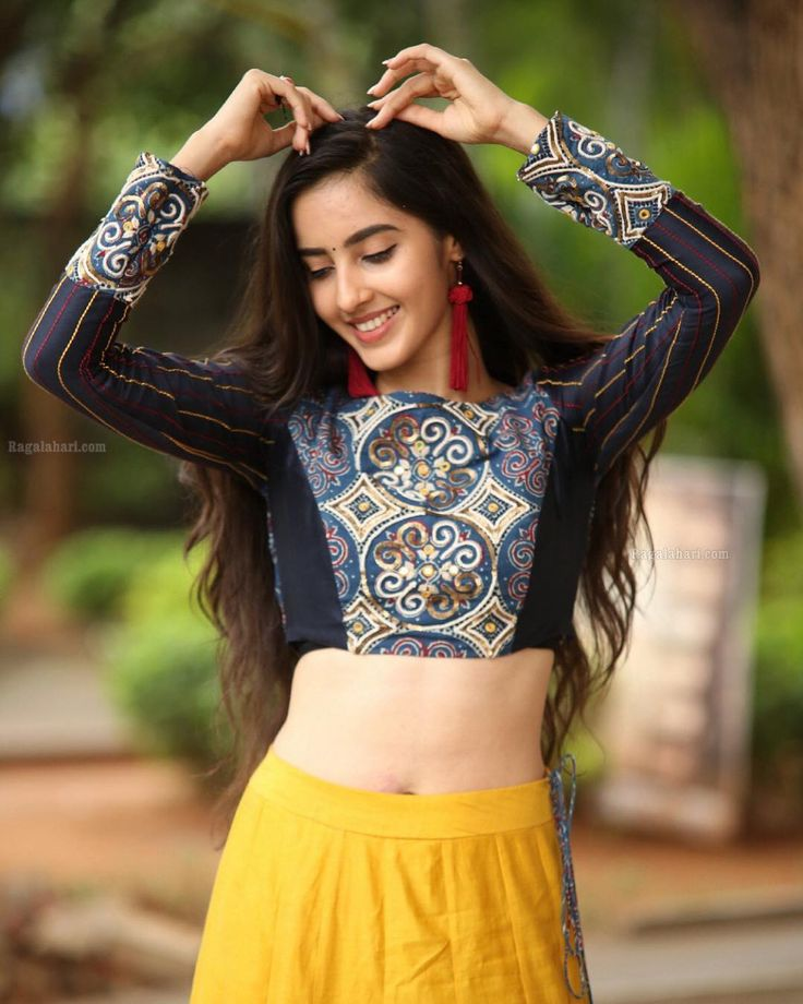 Feb 11, 2020 - Simrat Kaur is an Indian actress. She made her screen debut in Telugu cinema with 'Prematho Mee Karthik.' Simrat hails from Mumbai and is born in a Punjabi family. Check out Simrat Kaur's Real Age, Wiki, Height, Weight, Boyfriend, Family, Biography, Movie