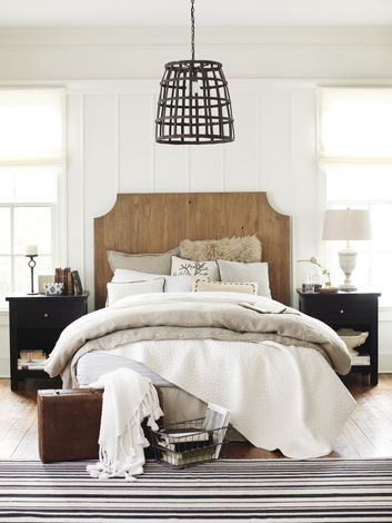 17 best ideas about modern farmhouse bedroom on pinterest for Modern farmhouse bedroom