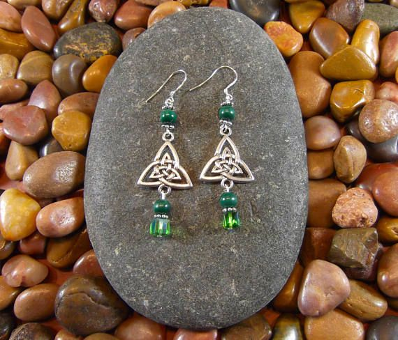 Malachite Celtic Triquetra Earrings by StarshineBeads on Etsy. Discount Code PINTEREST10