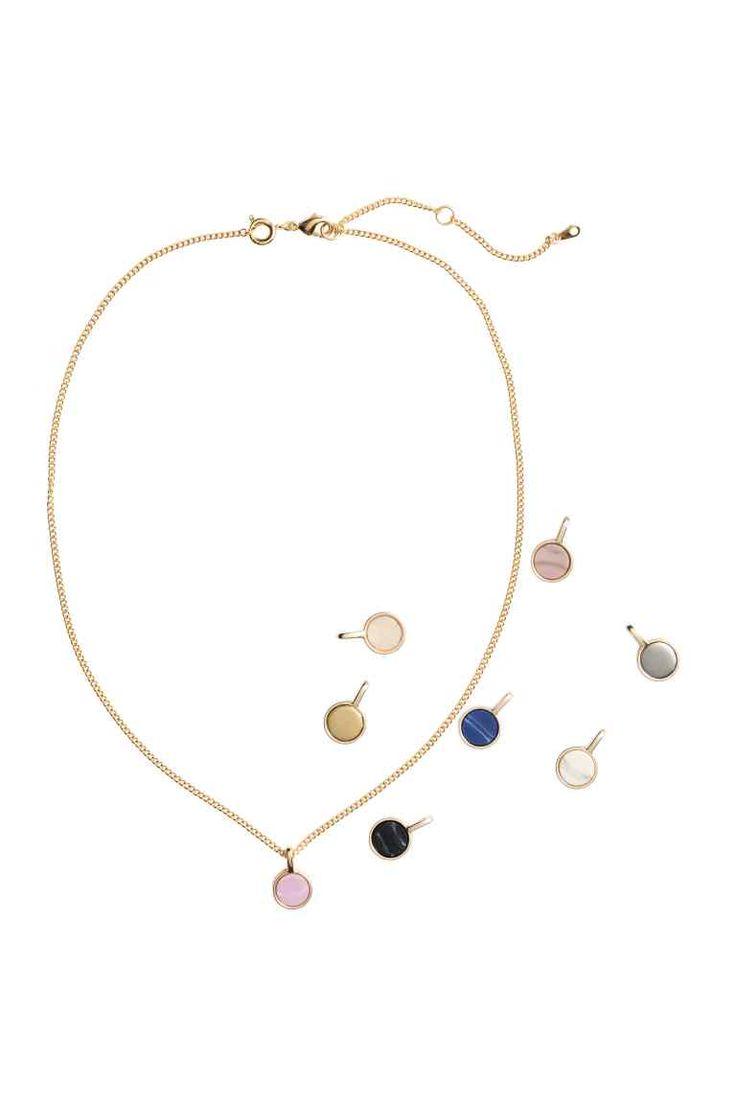 25 beste idee n over halsketting lengtes op pinterest halsketting lengte tabel halsketting - Amenager een stuk in de lengte ...