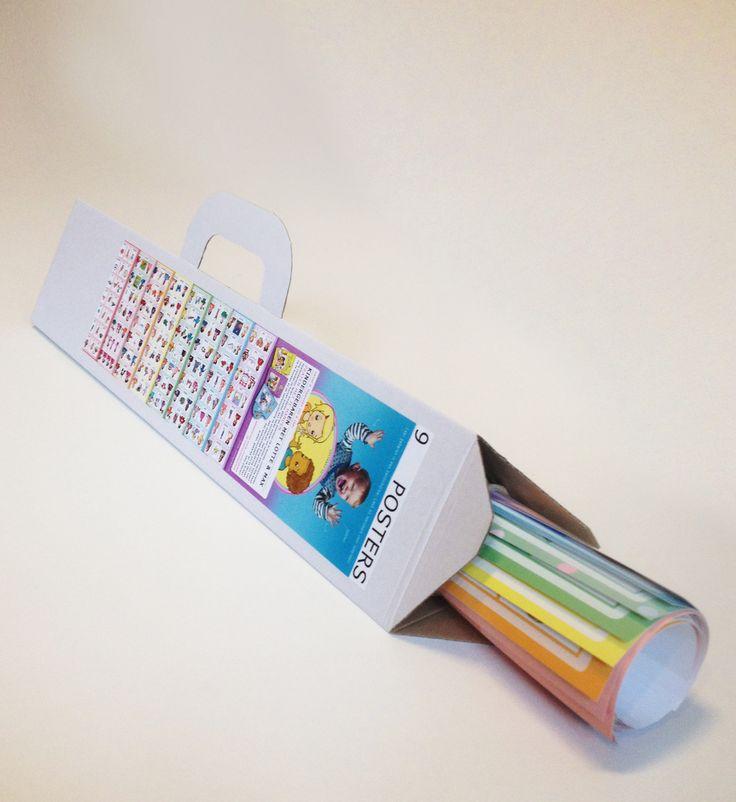 Posterset Lotte en Max; 9 posters met alle gebaren van de dvd's. Handig om op te hangen in de logopediepraktijk of kinderopvangcentrum.