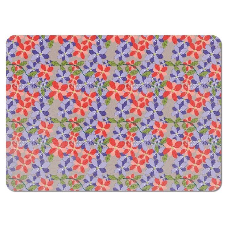 Uneekee Flower Petals Grey Placemats (Set of 4) (Flower Petals Grey Placemat) (Polyester, Floral)