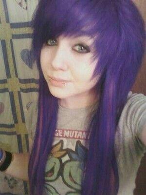 cute emo girl green hair emo hairstyle girl hot