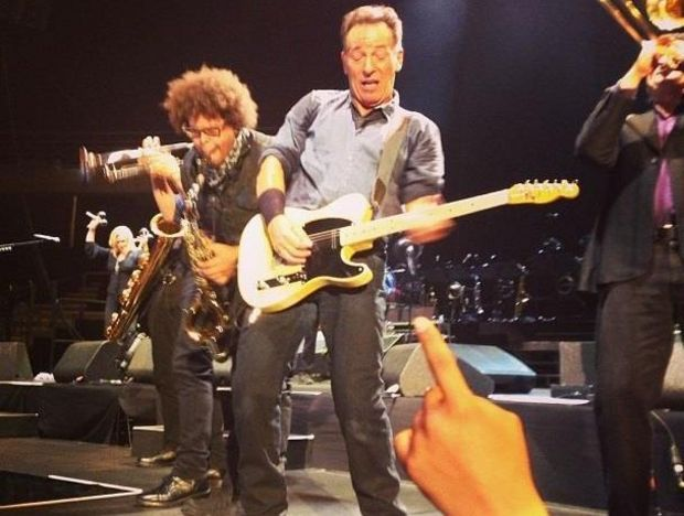 Bruce Springsteen resumes tour with a 3-hour-plus show in ...