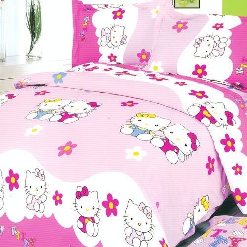 Amazing Hello Kitty Bedding for a Lively Bedroom