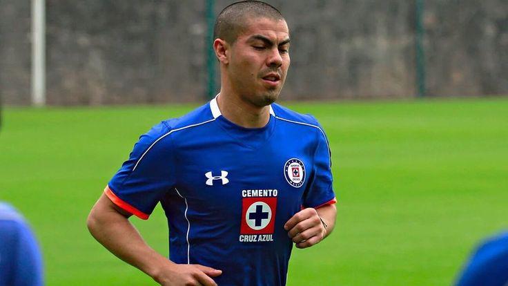 #LigaMX | 'Gato' Silva será baja por distensión muscular en el muslo derecho para el duelo entre @Cruz_Azul_FC y @PumasMX