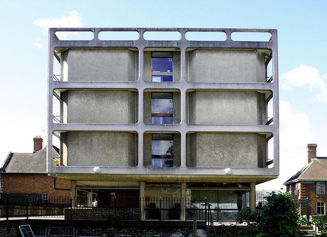 Vaughn Building, Somerville College, Oxford (1968)   Arup Associates