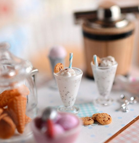 Miniature Chocolate Chip Cookie Shakes by CuteinMiniature on Etsy #miniaturefood #miniaturedrink