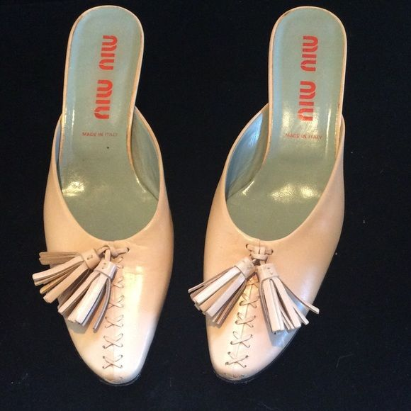 Miu Miu Pale Rose Pink Shoes. Size 39.        8 Miu Miu pale rose pink leather shoes with decorative leather stitching and tassel. 1 3/4 inch heel. Gently Worn. Purchased at Harvey Nichols / London Miu Miu Shoes Heels
