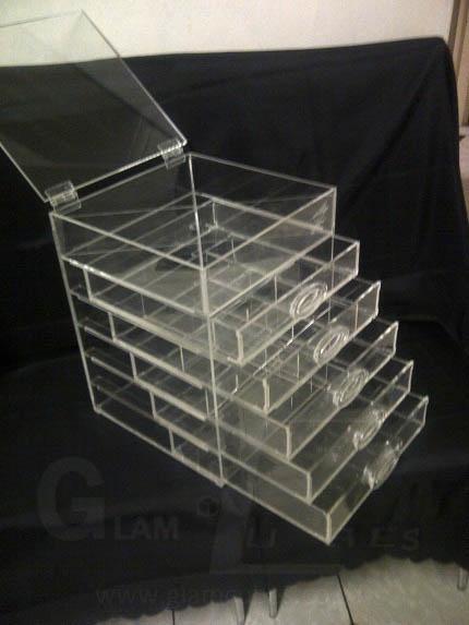 GB005- 5 Drawer Unit has 6 Levels