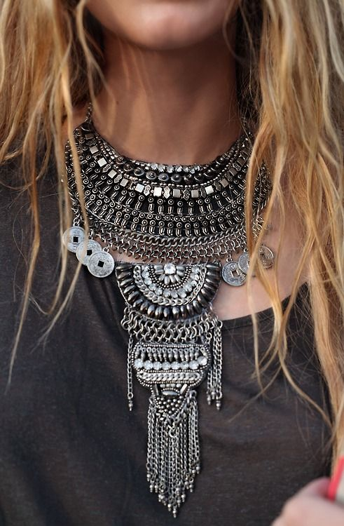Go Bold. http://rstyle.me/n/txb5e4ni6 #statementnecklace #statementjewelry