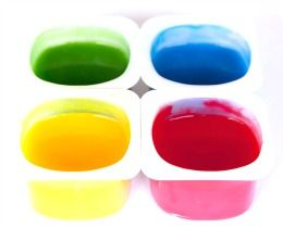 Easy finger paint recipes to make your own finger paint at home using common, cheap and safe household ingredients...perfect for toddlers and preschoolers...how to make fingerpaint...