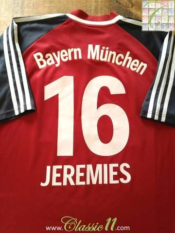 Official Adidas Bayern Munich home football shirt from the 2001/02 season. Complete with Jeremies #16 on the back of the shirt.
