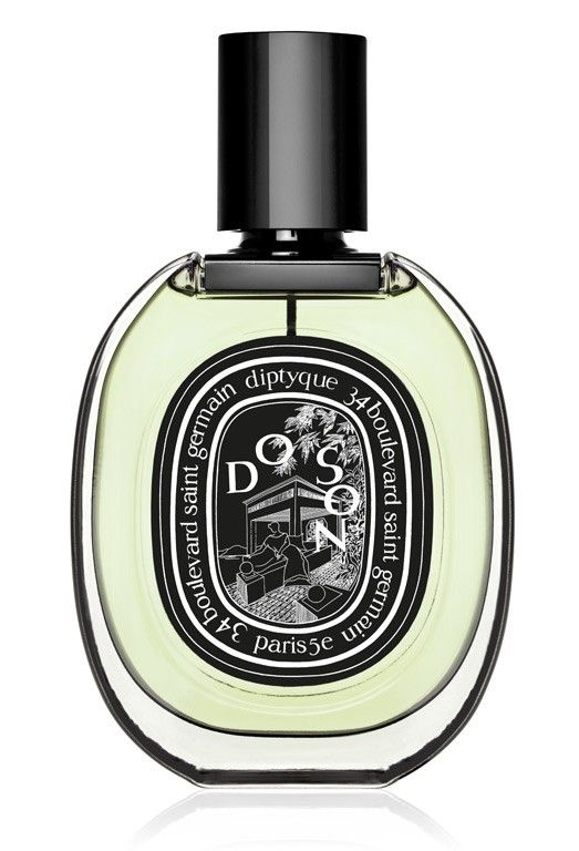 Do Son Eau de Parfum - Tuberose, Orange Leaves, Pink Peppercorn, Musk  Tuberose asserts itself, expressing all its sunny, hazy, creamy, indolent seductiveness. Anyone with blood in their veins will succumb to the irresistible temptation of this insolently seductive white flower.