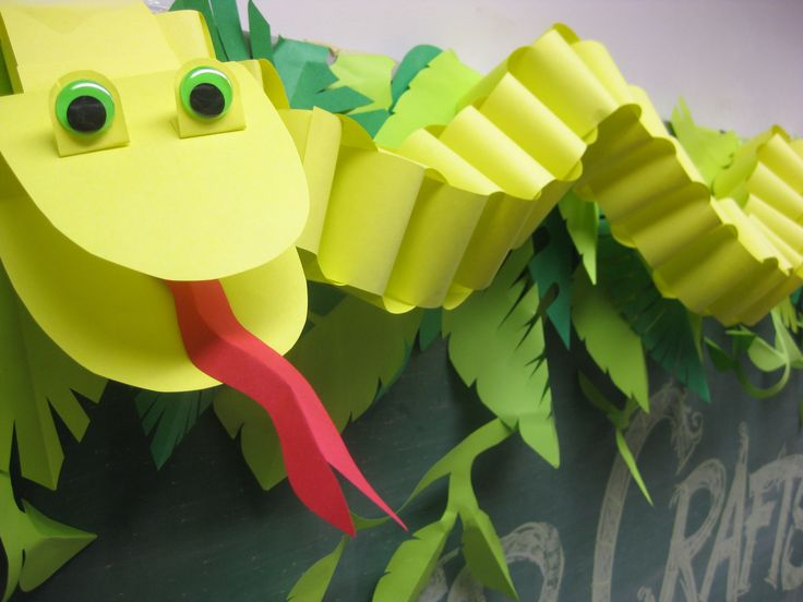 At our August Paper Craft program for Children we escaped the Summer heat by plunging into the depths of the jungle, where we encountered paper elephants, paper snakes, paper lizards and paper lions!