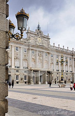Royal Palace, Madrid by Dennis Dolkens.