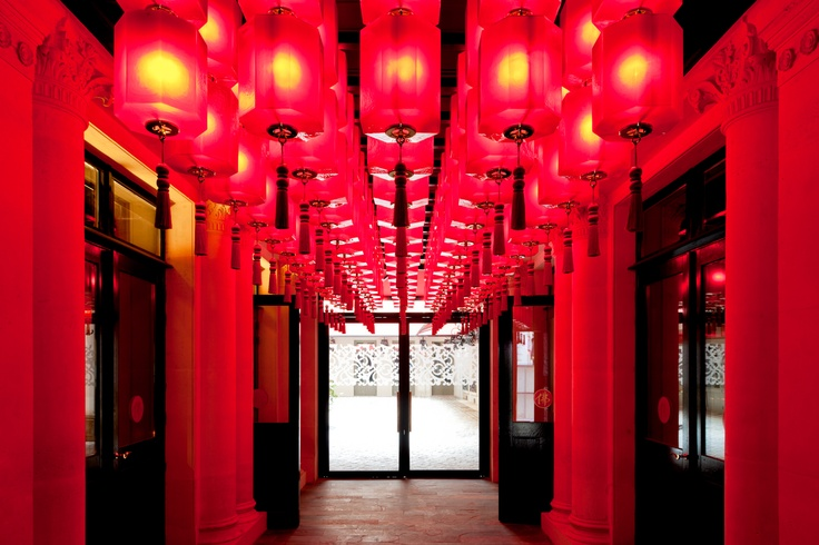 → Buddha Bar Hotel Paris 8 | Hotel luxe | Lounge Bar | Restaurant | Site Officiel