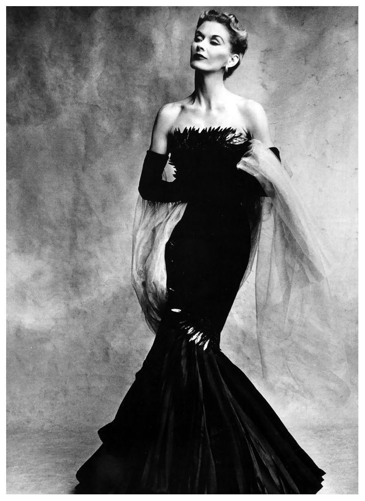 Irving Penn, Lisa Fonssagrives in evening gown by Marcel Rochas, Paris, Vogue Sept 1950