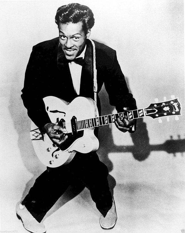 """Charles Edward Anderson """"Chuck"""" Berry (Saint Louis, Misuri, 18 de octubre de 1926) es un compositor, intérprete y guitarrista estadounidense. Es una figura influyente y uno de los pioneros del rock and roll. En la década de los 50, Berry interpretó canciones como """"Roll Over Beethoven"""", """"Rock and Roll Music"""", """"Route 66"""" de Bobby Troup, """"Johnny B. Goode"""" y """"Maybellene"""". Por su legado al género rock ganó en 2014 el Premio Polar, considerado el """"Premio Nobel de la música""""."""