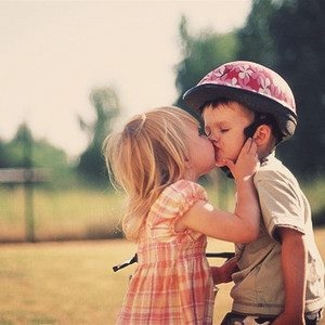 aww: A Kiss, First Kiss, George Strait, So Cute, Valentines Day, Sweethomealabama, Movie Quotes, Young Love, Sweet Home Alabama