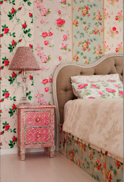 307 best for my bedroom shabby chic style images on for Vintage bedroom wallpaper