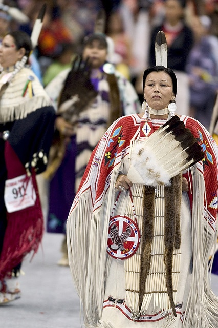 90 Best Images About Native American Regalia On Pinterest
