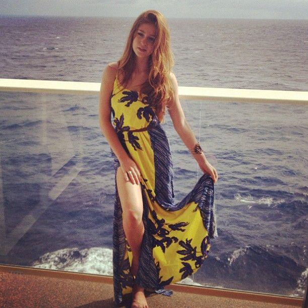 Marina Ruy Barbosa: Veja looks praianos da atriz e se inspire para o verão!
