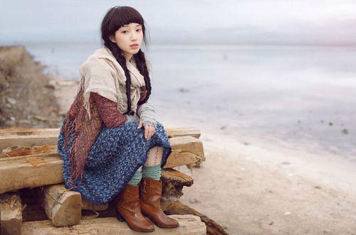 Fragile Mori Girl
