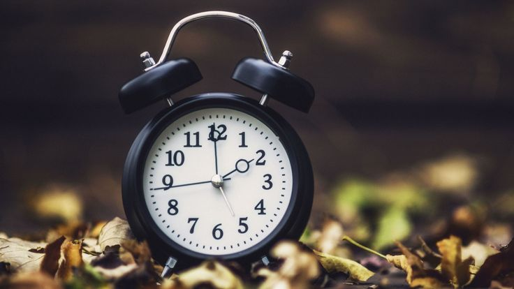 It's time to 'fall back'! 9 ways to make a time change easier on yourself - LA Times http://www.latimes.com/health/la-he-fall-time-change-20161031-story.html