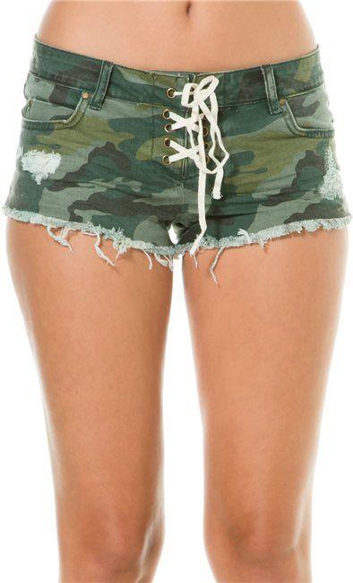 Camo short shorts @SWELL Style http://www.swell.com/Womens-Shorts-Rompers/BILLABONG-LITE-HEARTED-CAMO-DENIM-SHORT?cs=CA #camouflage #billabong