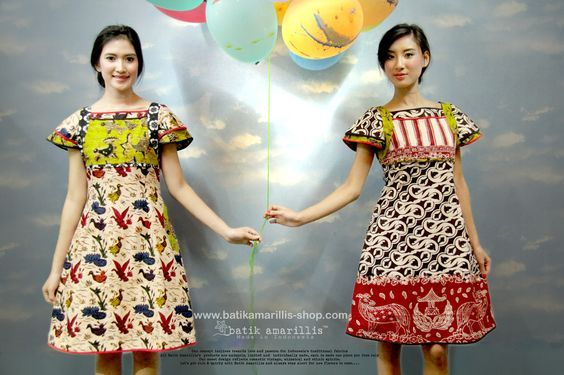 batik amarillis's rosebuds shawl