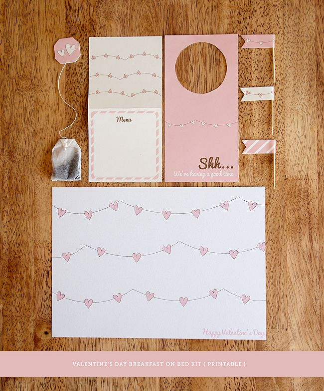 Imprimible para desayuno romántico >> Valentines Day Printable Breakfast Kit by Design is Yay!