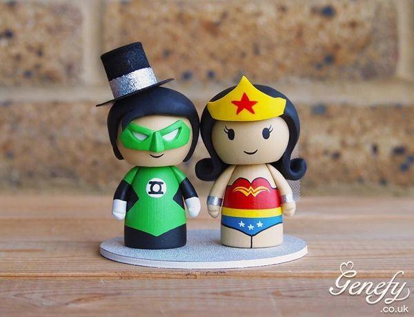 4 Wonderful Green Lantern Wedding Cake Toppers