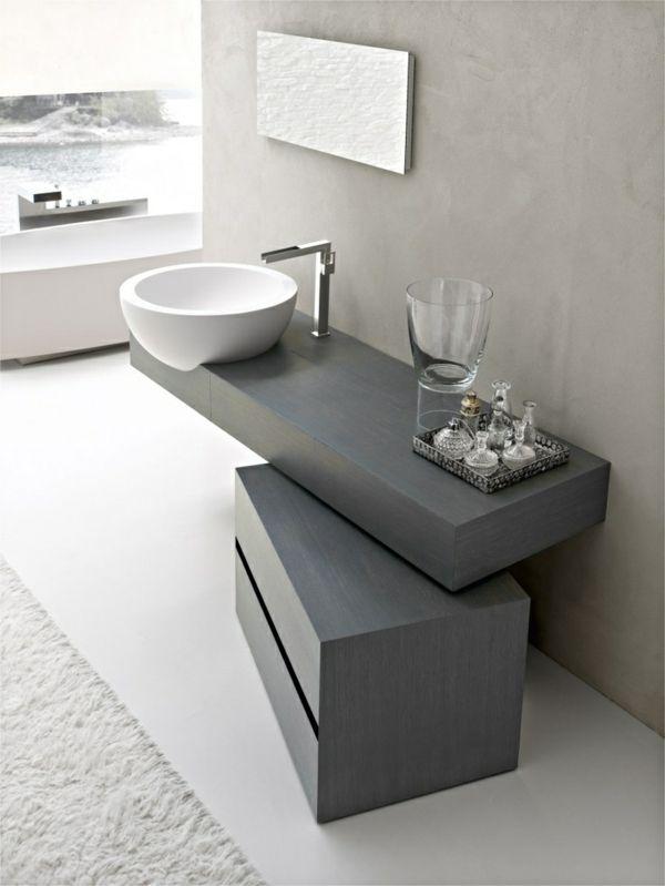 badewanne holz unterschrank grau minimalistische badezimmer