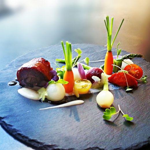 Agneau et légumes printaniers