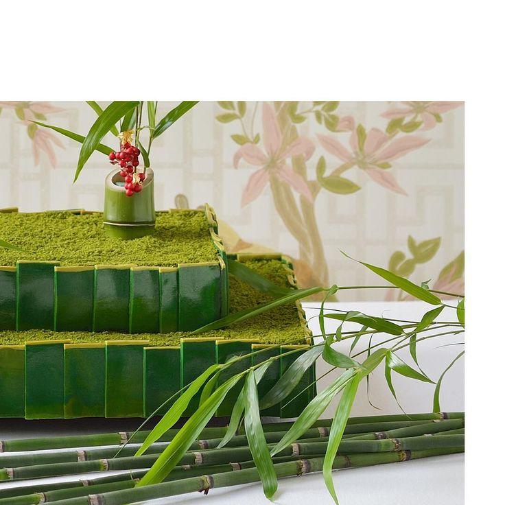 和装との相性が抜群な抹茶のウエディングケーキ。 上質な和を表現すべく過度な装飾をせず、モダンなデザインに仕上げてみてはいかがでしょうか。 #weddingcake #ido #weddingday #realbride #instabride #bridetobe #cake #weddingcakes #instawedding #desert #wedding #floralcake #bride #ウエディング #ウエディングケーキ #ケーキ #デザート  #結婚式準備 #プレ花嫁 #三瀧荘 http://gelinshop.com/ipost/1514896279767115627/?code=BUF_iPjFGdr